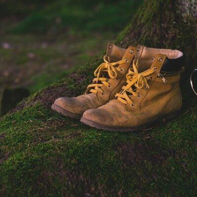 vetements et chaussures de survie